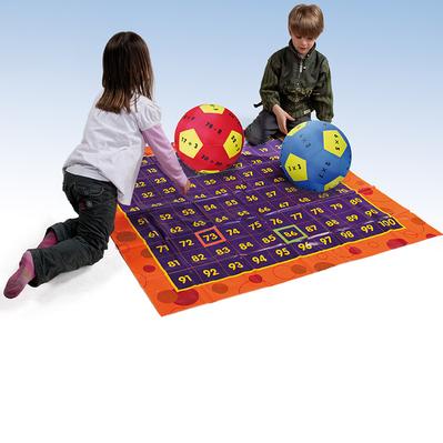 Teppich mit Ball Rechnen